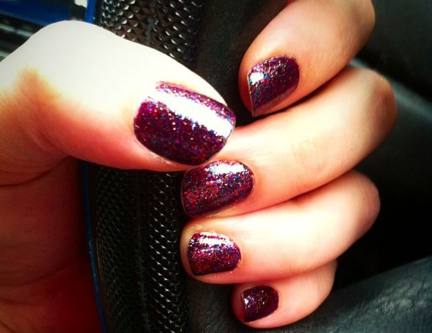 Fizzy Berry Nails