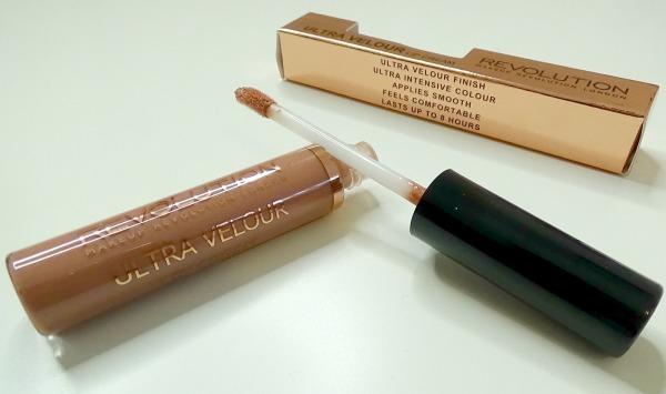 Makeup Revolution - ultra velour lips