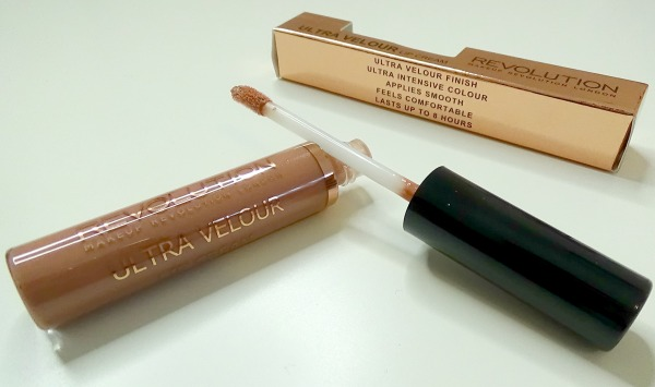 Makeup Revolution - ultra velour lips