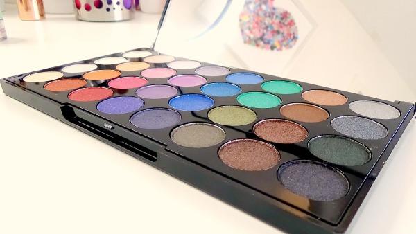 Makeup Revolution Mermaids Forever Eye Shadow Palette