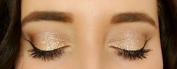 MAkeup Revolution Metallic Foiled Eyeshadow Demo and Review