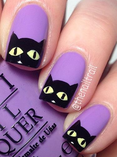 54ff72f31a28c-9-halloween-manicures-lgn